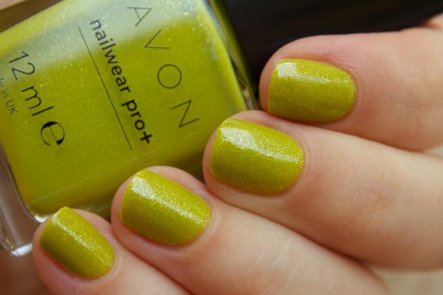 02-avon-divine-lime