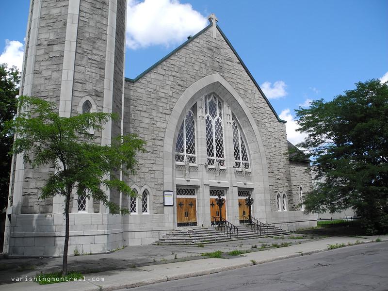 Eglise Notre-Dame-de-la-Paix 07