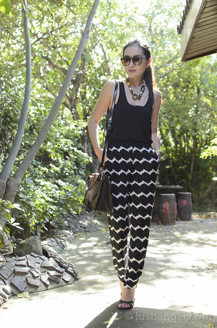 black_and_white_printed_pants