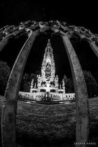 Prague night (8mm) by Zdenek Papes