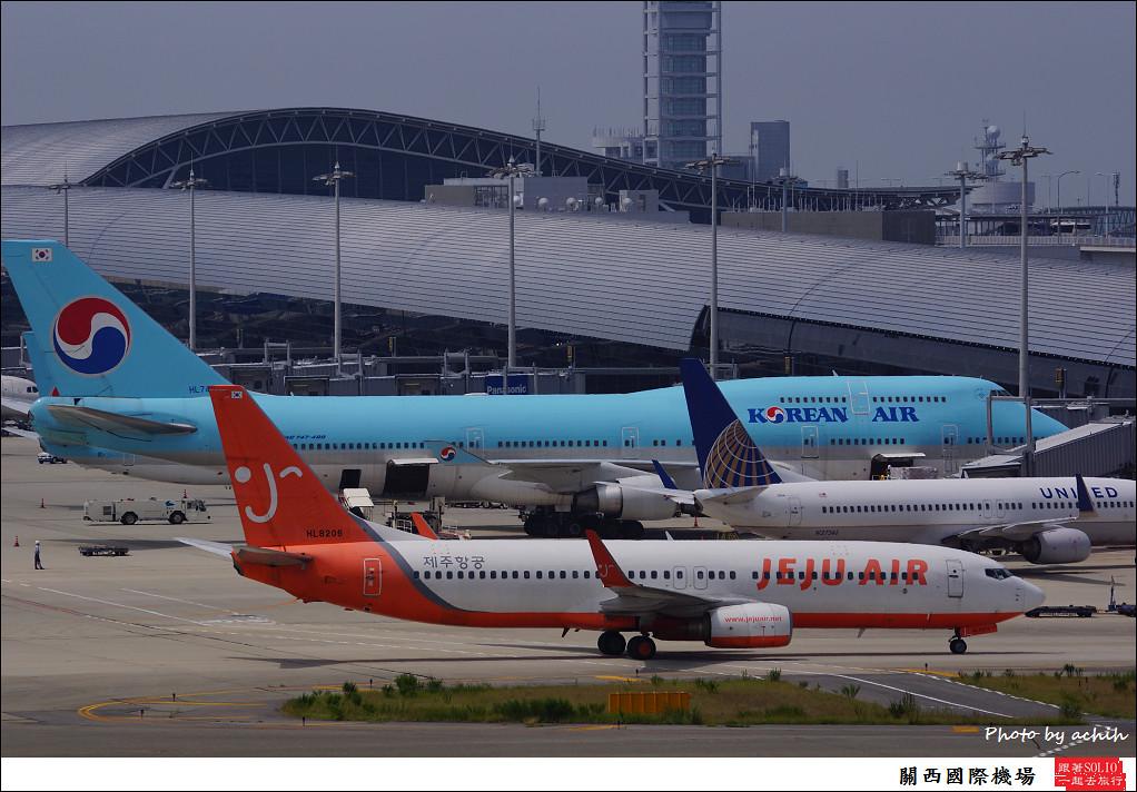 Jeju Air HL8206-003