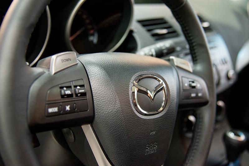 Mazda3-2066