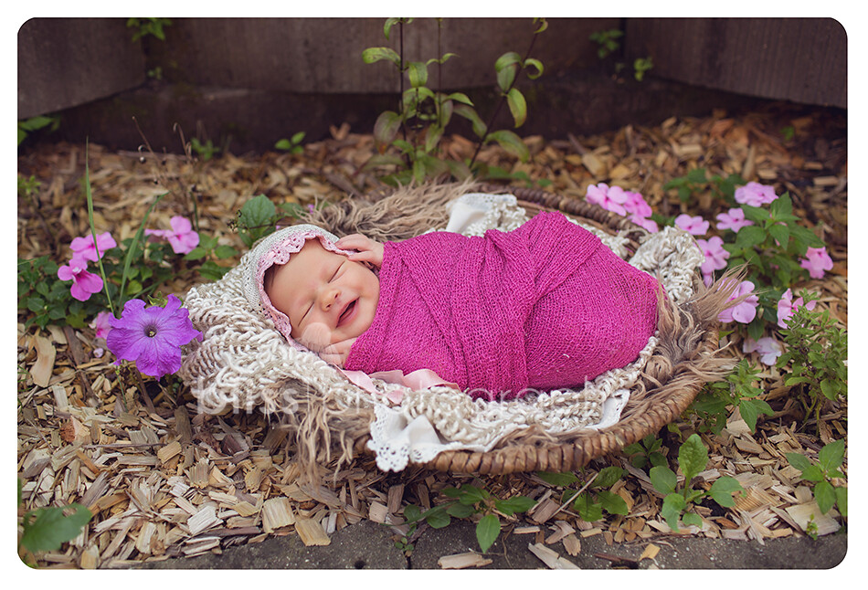outside smile newborn blissphotography-7053