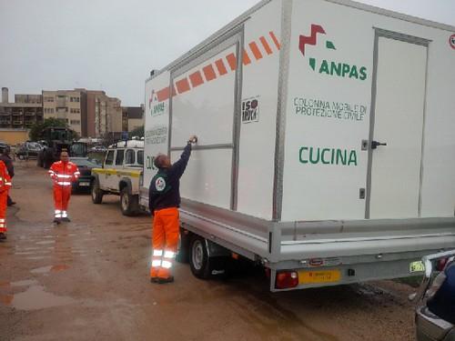 Emergenza Sardegna: l'arrivo della cucina mobile a Olbia