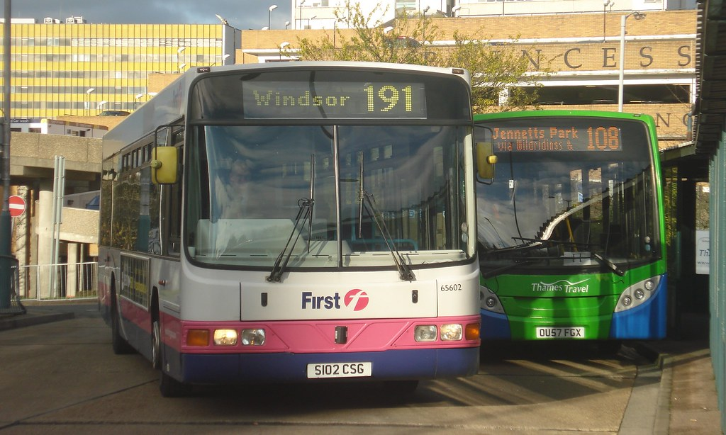 First Beeline 64602 (Route 191), Thames Travel 503 (Route 108), Bracknell