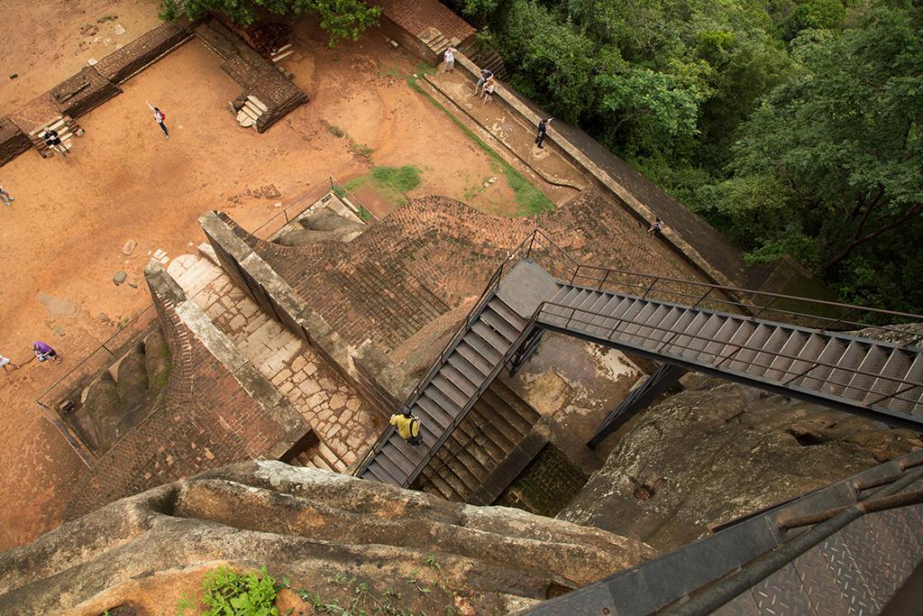 Sigiriya stairs ! 2013-12-02