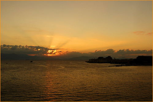 sea sunrise mediterranean sony greece thomson corfu thomsonmajesty