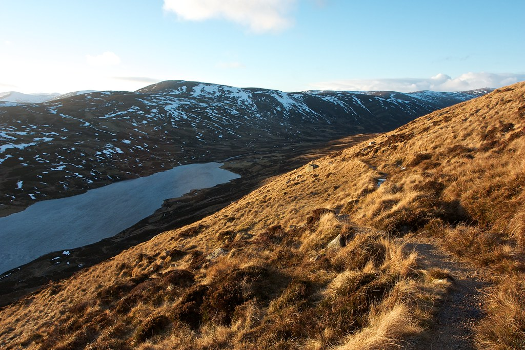 Descent to Callater Lodge
