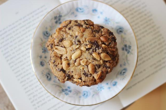 Food-♥: Cookies mit Erdnuss, Schoko und Fleur de sel