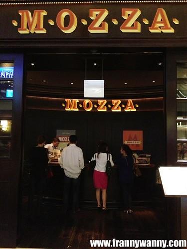 mozza singapore 1