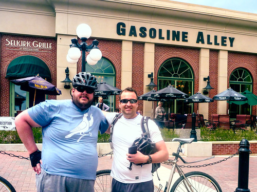 300km with Mike at Gasoline Alley