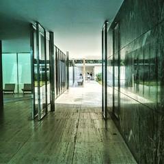 Pavillon Barcelona // Mies van der Rohe
