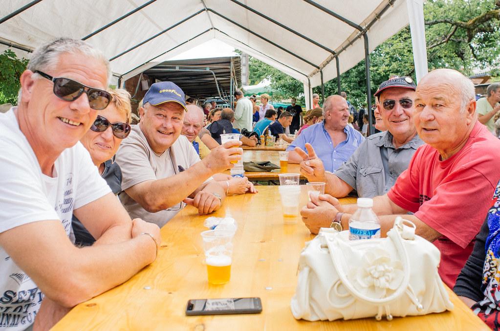 Tourisme vert en Haute Marne - Coup de chaud au paradis - La joie des convives