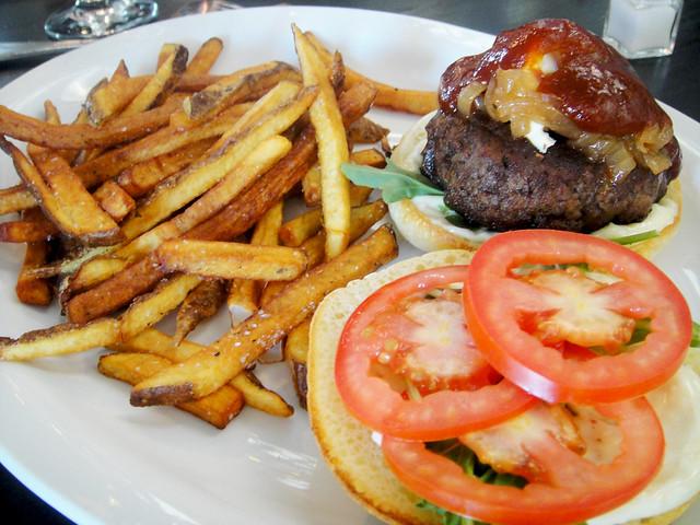 Bistro Tenderloin Burger