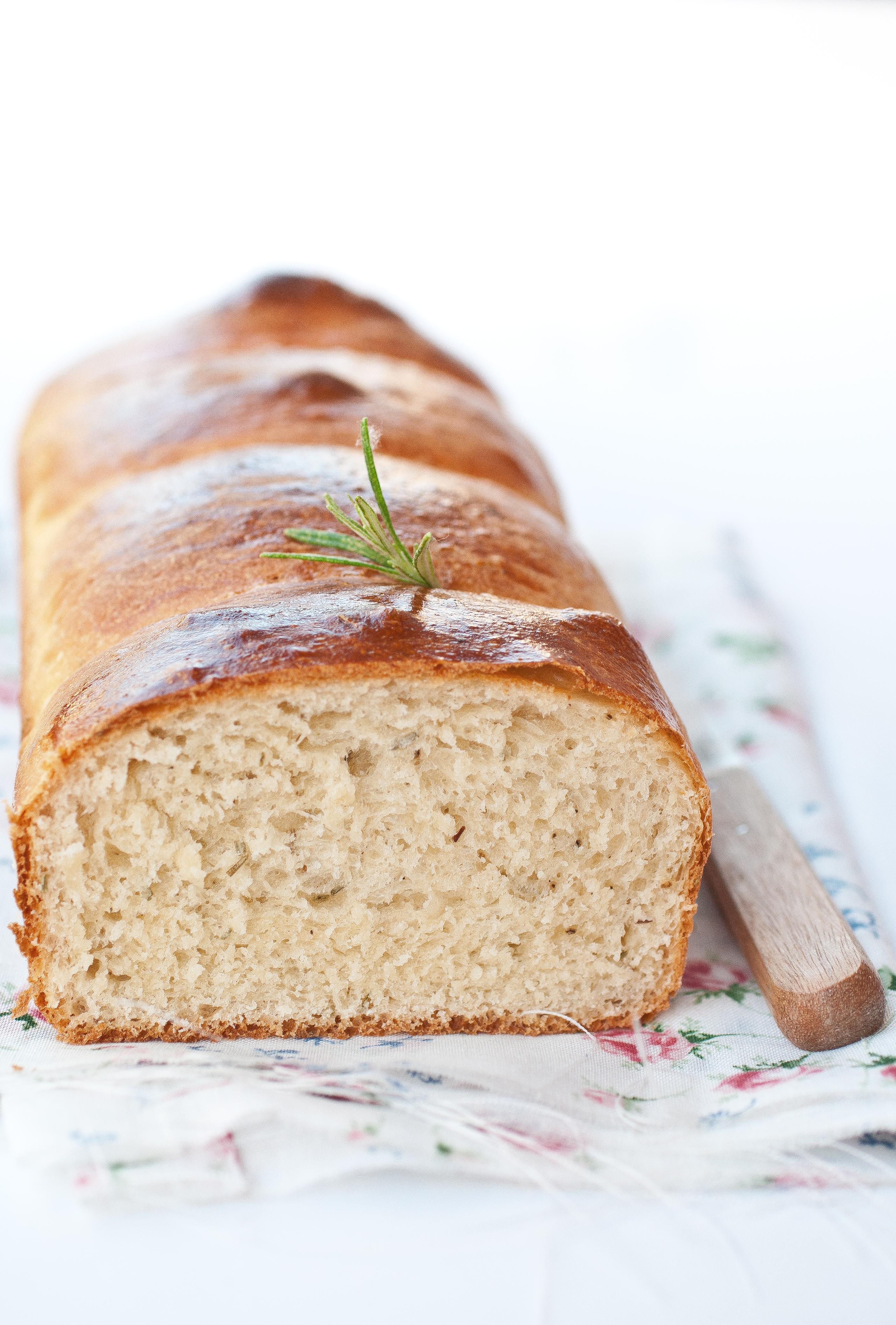 Pan brioche salato al rosmarino
