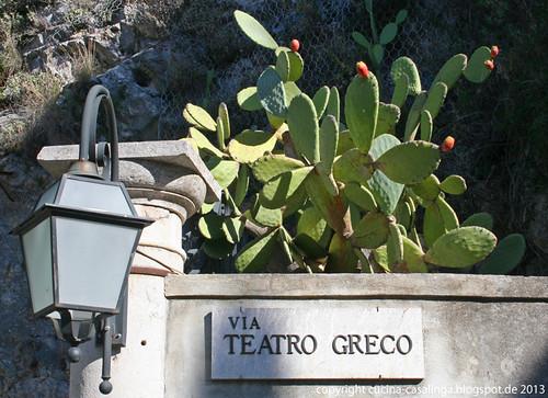 Via Teatro Greco