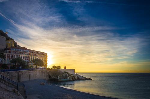 nice beach blue cotedazur france limited mediterranee palmtree pentax plage promenade promenadedesanglais provence sky walk cloud da15 morning morninglight sun sunrise