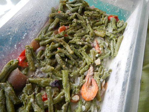 4 Aug 13 - Homecooked coconut french beans. Lunch @ Subic Beach hut.