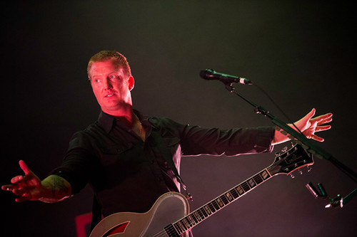 queens_of_the_stone_age-gibson_amphitheatre_ACY4941