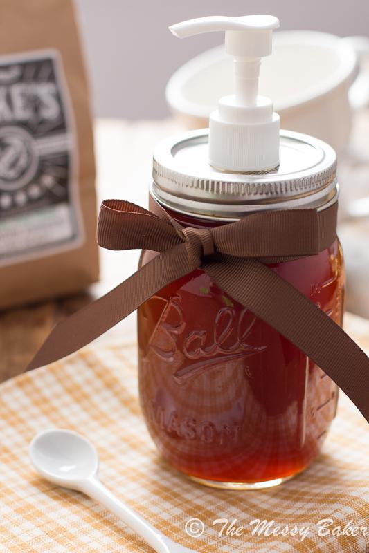 Homemade Pumpkin Spice Syrup | www.themessybakerblog.com -8422