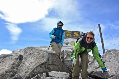 Lina and Dina… at the top of Mount Kinabalu! Due to our tight time schedule, we didn't have too much time to sit around