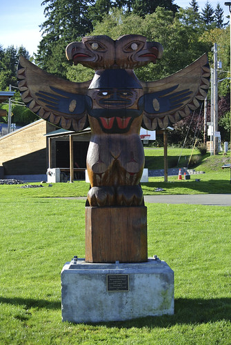 An autumn ride around the Sound - Totem Pole