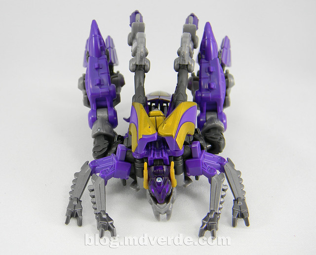 Transformers Kickback Deluxe - Generations Fall of Cybertron - modo alterno