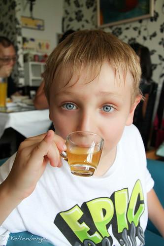 Maokong Gondola-Caleb Drinking Tea