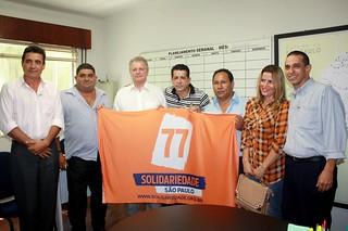 David Martins e o prefeito Nandão entre os membros da Comissão Provisória do município de Palestina