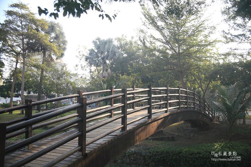 台南私藏景點--巴克禮落羽松 (4)