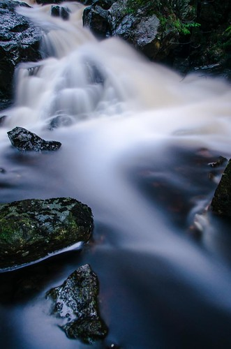 longexposure green water creek forest reflections river flow waterfall moss rocks stream sweden stones swedish flowing greyfilter fritsla sjuhärad markskommun
