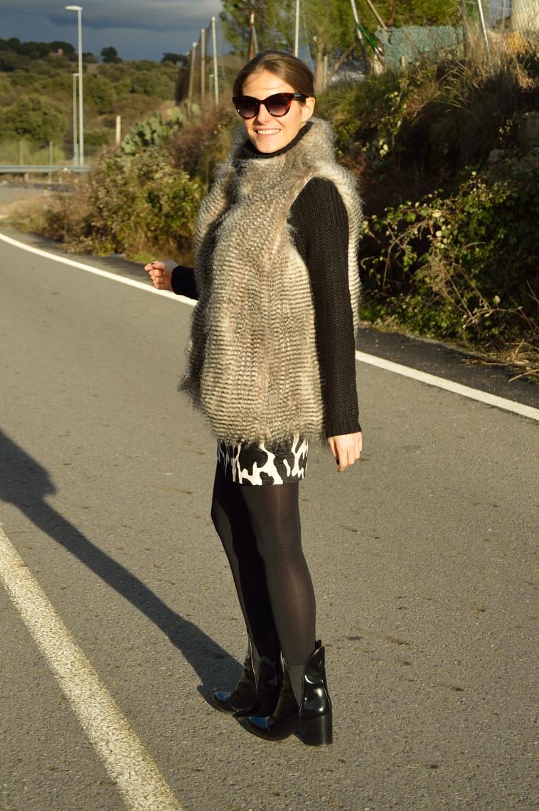 lara-vazquez-madlula-blog-black-outfit