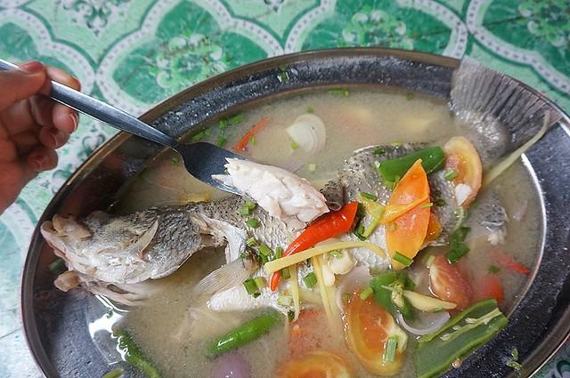 Halal Penang Food ikan bakar Hammer Bay or Seri Pantai - Gold Coast Condominium-011