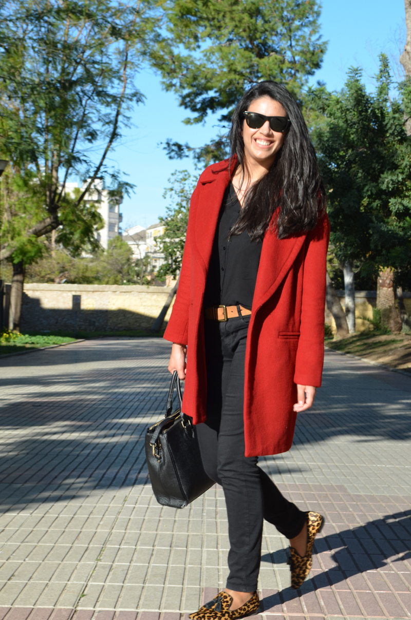 fashion spanish blogger red coat inspiration