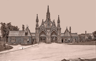 Green-Wood Cemetery Main Gate, 25th St. and 5th Ave. Brooklyn - 1906
