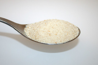05 - Zutat Paniermehl / Ingredient breadcrumbs