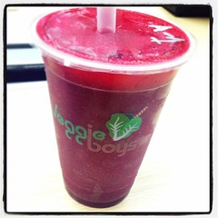 今日又detox! A cup - beetroot, carrot, celery, pear