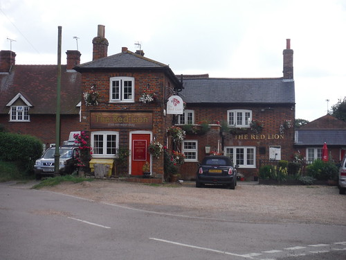 The Red Lion, Great Offley