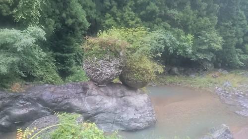 14日目、朝から雨だったので班員ちぎってさっさと進む 。よく見る夫婦岩とかいうやつか