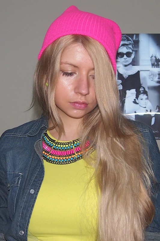 Neon, Sam Muses, Primark, Peplum, Fluoro, Fluorescent, Yellow, Aztec, Collar Necklace, Beanie, New Look, Denim Shirt