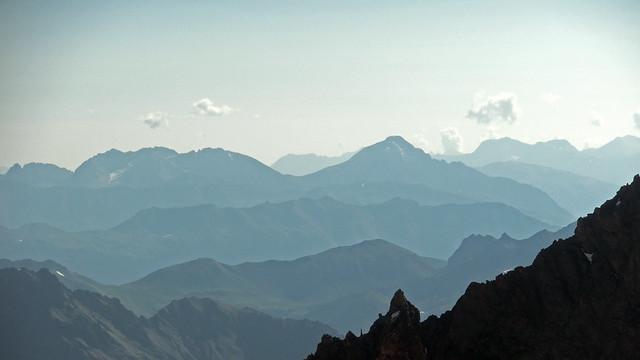 Superposition de montagnes