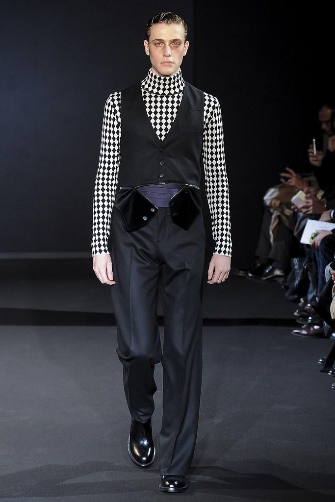 Nick Heymann3052_FW13 Milan Les Hommes (VOGUE)