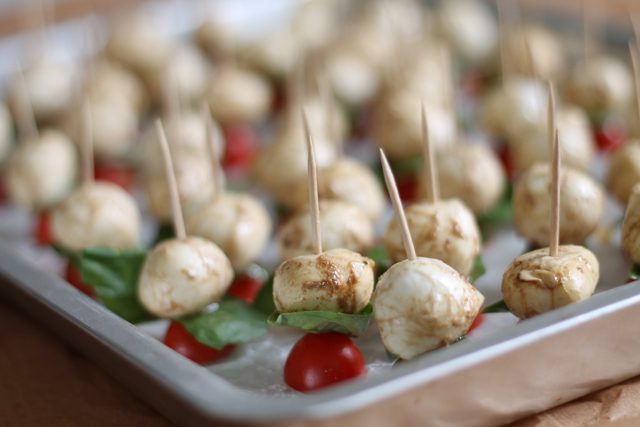 Caprese appetizer pops recipe