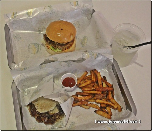 Set Meal @ Ric's Burger, Bayan Baru
