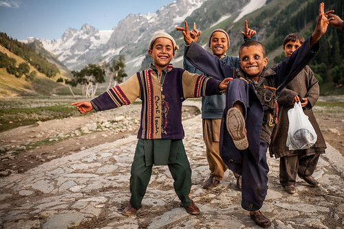 Gujjar kids from Rajouri district, Sonmarg, Kashmir, India by SandeepaChetan - http://sandeepachetan.com/