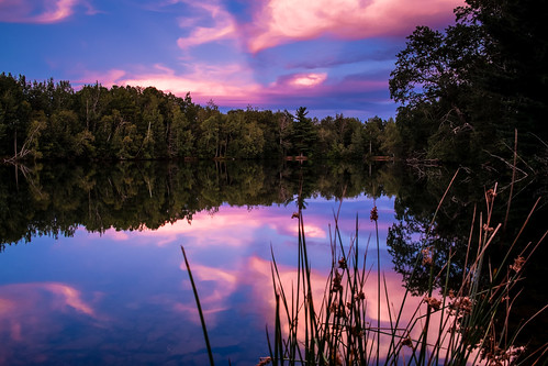 sunset reflection pond novascotia wolfville reservoirpark fujixe1 tgam:photodesk=colour2013