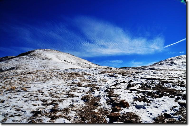 雲、雪相映成趣 2