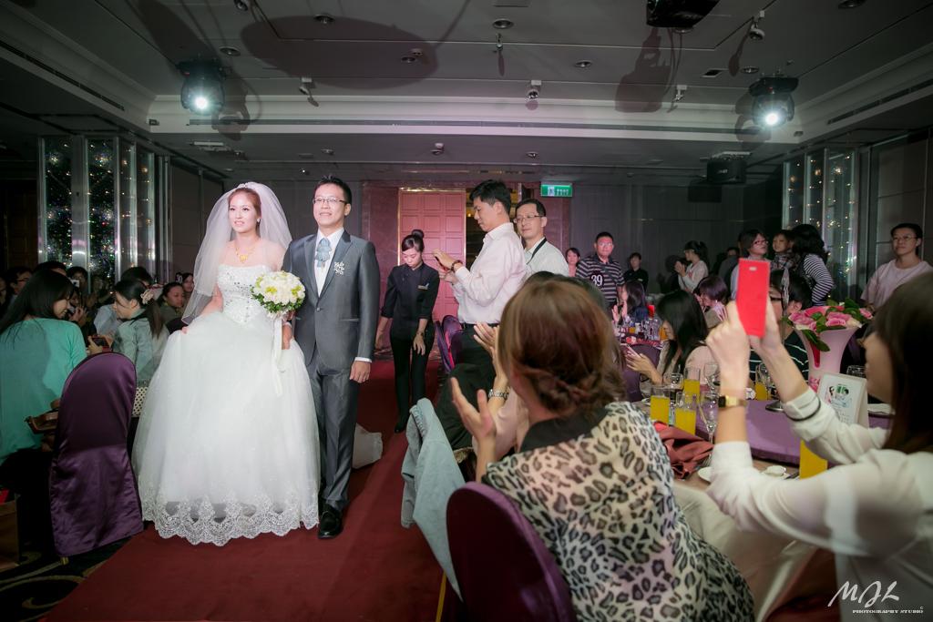 婚禮攝影,美麗華華漾飯店,教堂婚禮,中山靈糧福音中心,新秘詠之,ONEKISS