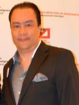 Ricardo Ávila Gómez , diseñador de interiores colombiano