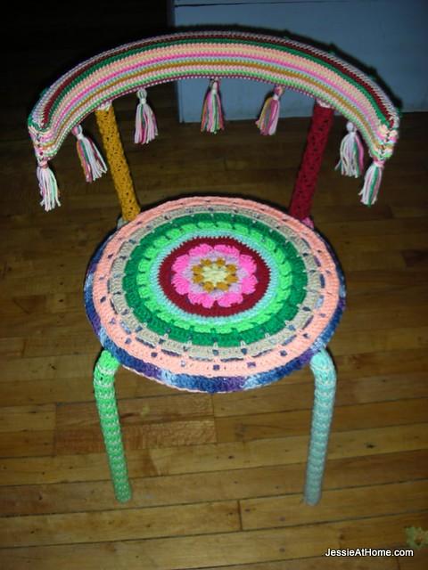 Happy-Yarn-Bomb-Chair